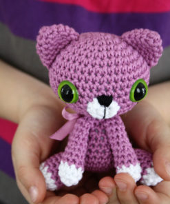 little amigurumi cat