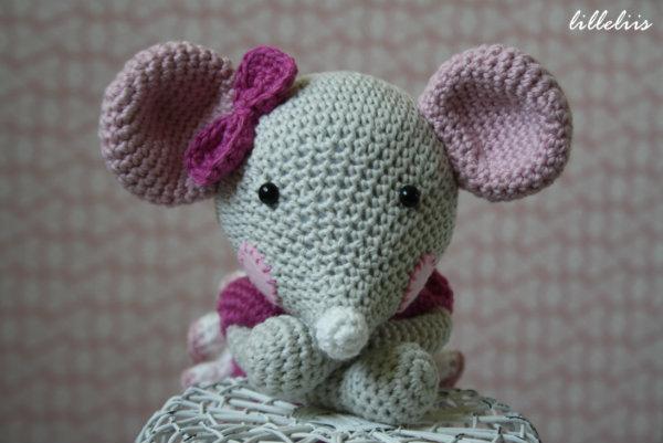 Amigurumi Crochet Ballerina Mouse - Folksy | 401x600