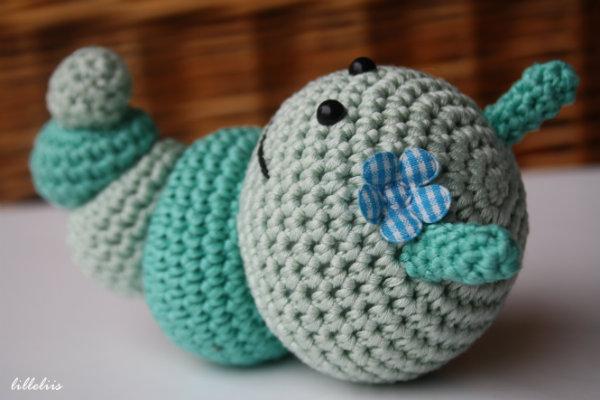 Amigurumi Caterpillar : Amigurumi caterpillar toy 1 lilleliis
