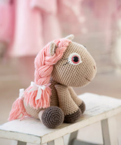 amigurumi pony girl