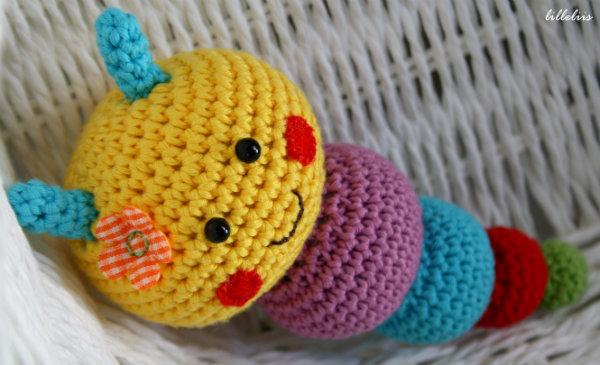 Amigurumi Caterpillar : Caterpillar rattles for babies lilleliis