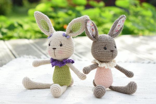 lace collar bunny amigurumi pattern (7)