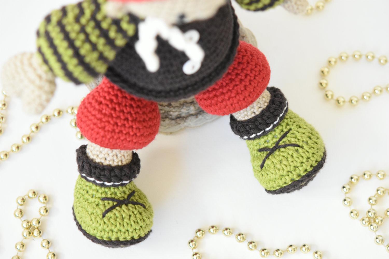 Amigurumi Christmas : Jester the christmas gnome pdf pattern lilleliis