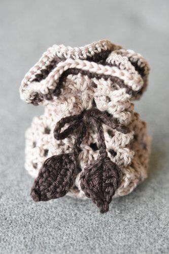 crochet-jewelry-bag-7
