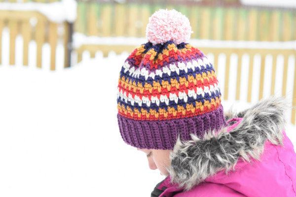 crochet-pompom-hat
