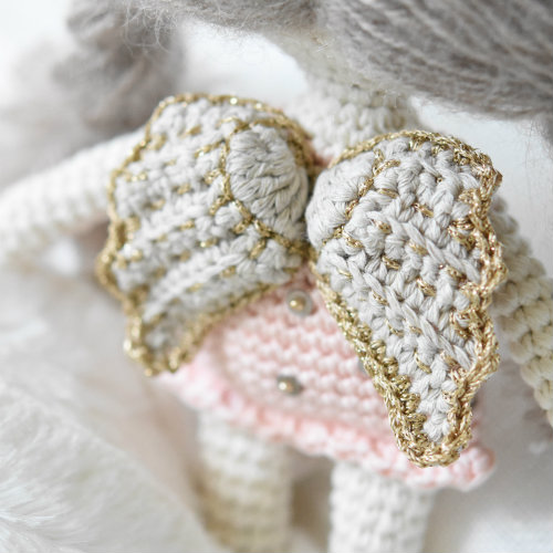 little-amigurumi-angel-doll