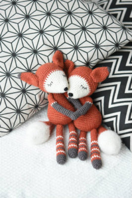 mystique the fox amigurumi pattern