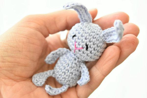 smallest amigurumi bunny