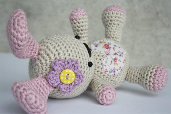 free amigurumi pattern funny bunny