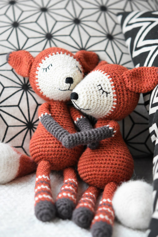 amigurumi fox embroidered face