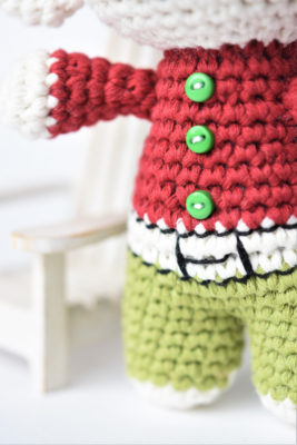 crochet elf clothes