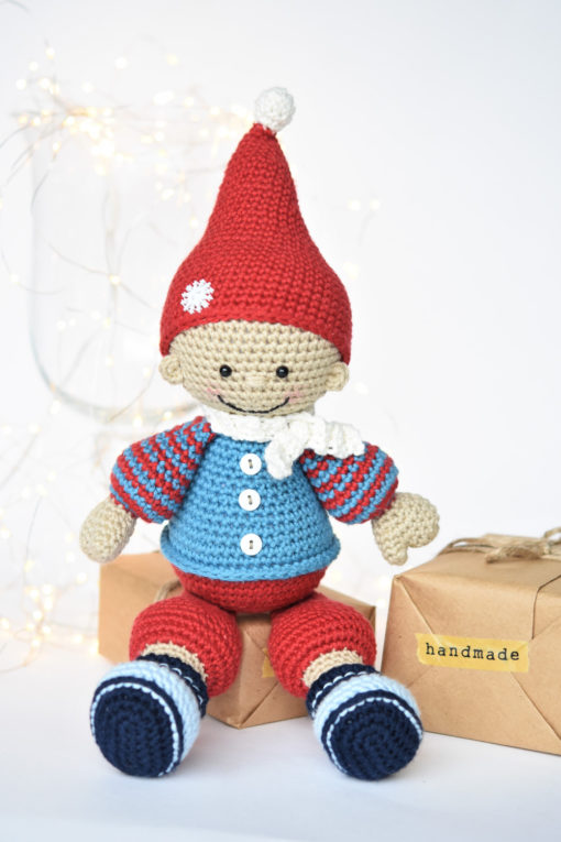 crochet christmas gnome