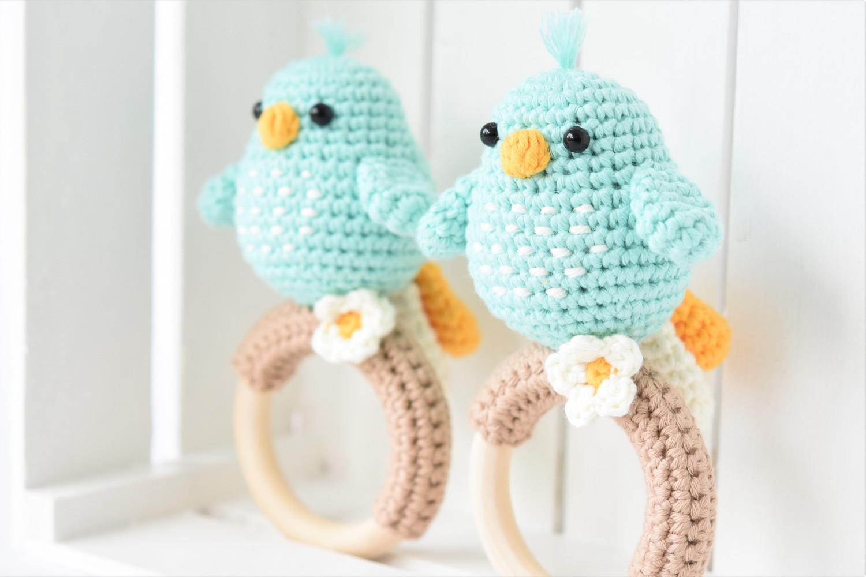 amigurumi bird baby rattle