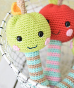 amigurumi happy apple rattle
