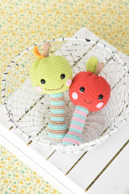 happy apple rattle amigurumi pattern