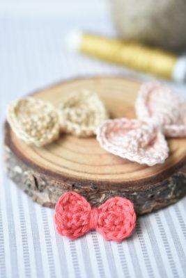 free pattern crochet bow