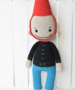 amigurumi soldier doll