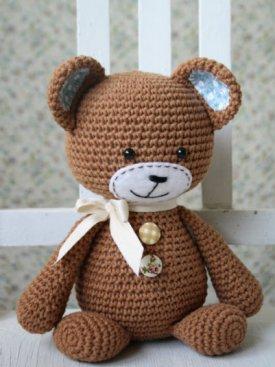 Smugly bear